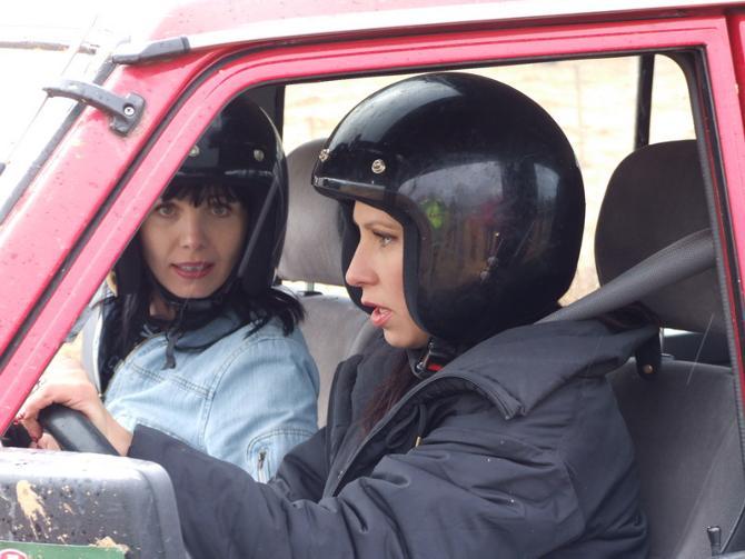 Девушки за рулем смотрятся органично