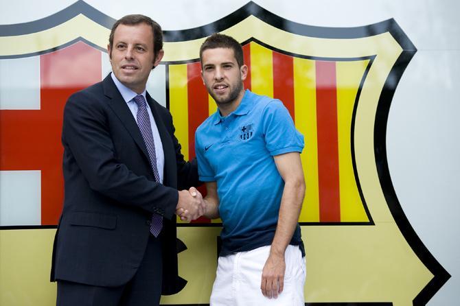 Главный пока что трансфер каталонского лета — левый латераль Хорди Альба