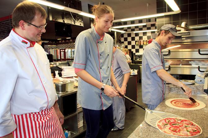 Директор кафе «Гараж» остался очень доволен кулинарными умениями Анастасии Веремеенко.