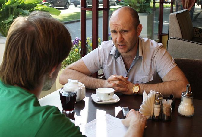 Геннадий Савилов не застал космических зарплат в хоккее, но не грустит по этому поводу