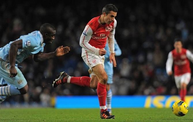 Пожалуй, нет в премьер-лиге игрока, более важного для своей команды, чем ван Перси для «Арсенала».
