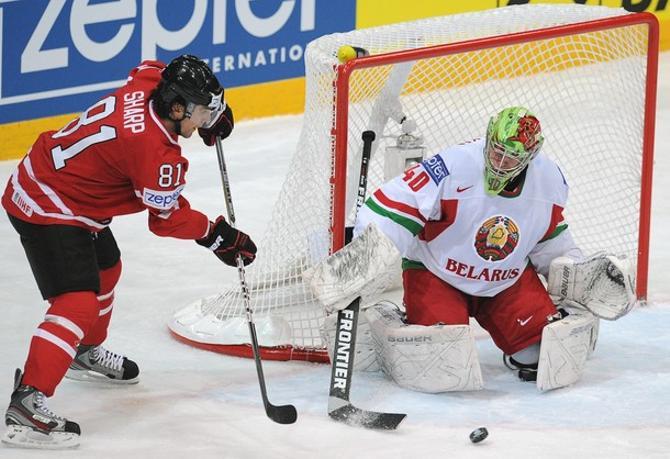 На чемпионате мира Дмитрию Мильчакову выпало противостоять одной из лучших команд планеты.