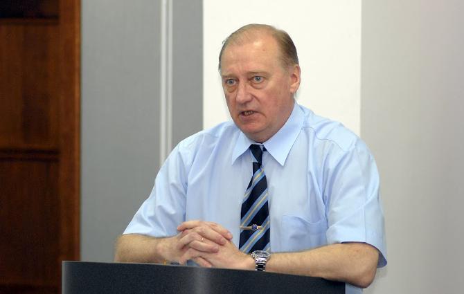 Как и в 2010-м, нынче желающих занять пост главы ФХРБ пока не просматривается.
