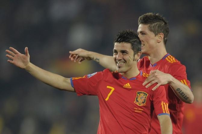 Давид Вилья забил Гондурасу два гола, а мог и три, но не реализовал пенальти.