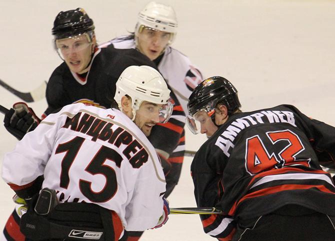 Белорусские игроки засматриваются на КХЛ. Но готовы ли они к уровню этого турнира?