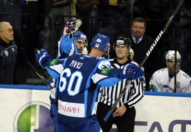 Чехов Иргла и Пивко (на фото) в ударном сочетании дополняет скоростной финн Лайне.