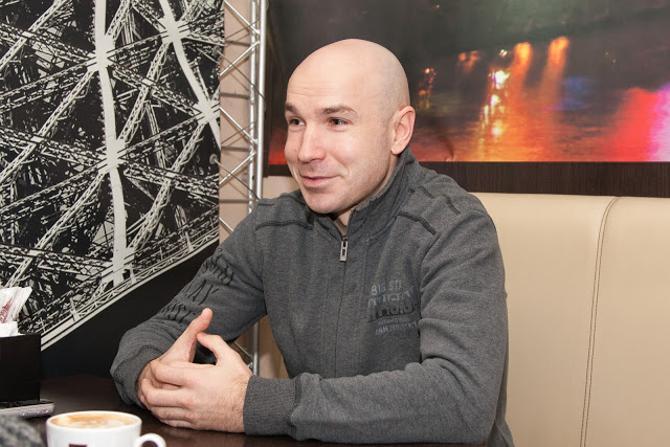 Павел Евсеенко считает, что попал в большой футбол через черный вход