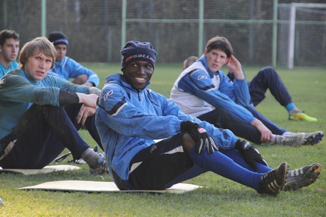 Брюно Мбанангой пообещал Сергею Овчинникову вернуться из сборной вовремя