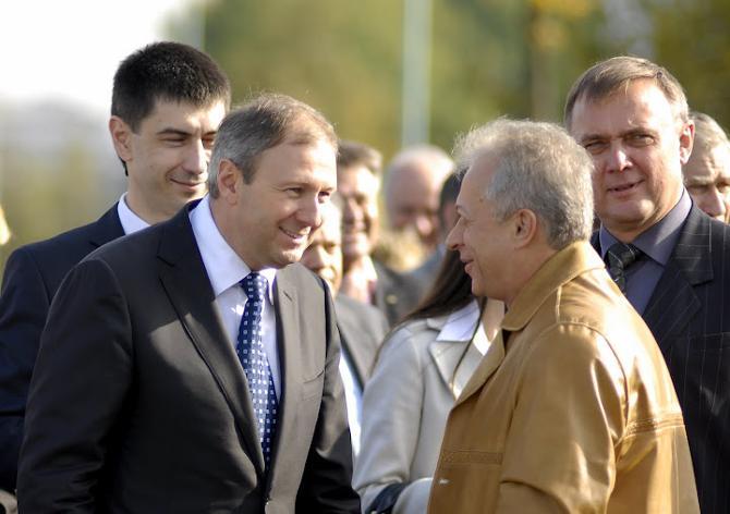 Правительство, в которое входит в Сергей Румас, расщедрилось на футбол