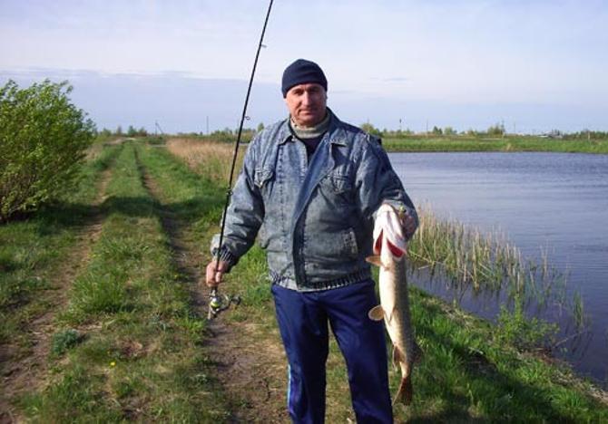 Помимо спорта Владимир Базанов увлекается рыбалкой
