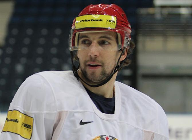 Александр Китаров не относит себя к хоккеистам с огромным потенциалом. Зато он берет свое трудолюбием