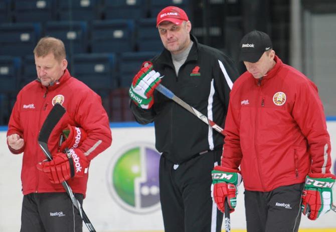 Кари Хейккиля передал бразды правления сборной в руки Андриевского и Скабелки.