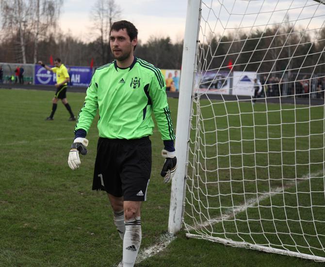 Николай Романюк преуспел в серии пенальти и вывел