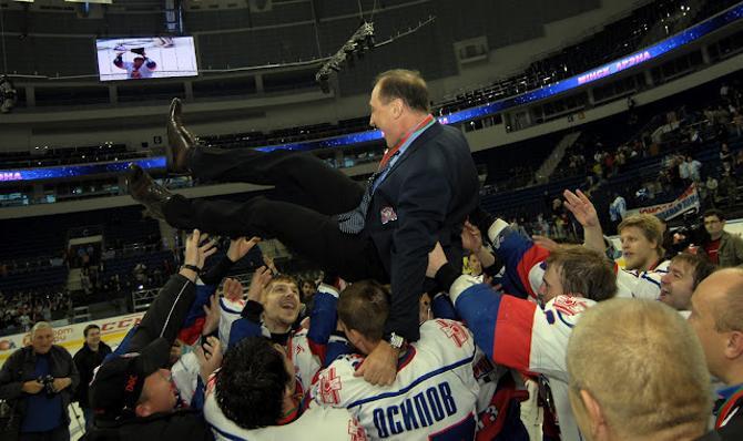 Василий Спиридонов, наконец, покорил все белорусские вершины. Уйдет ли он на повышение?