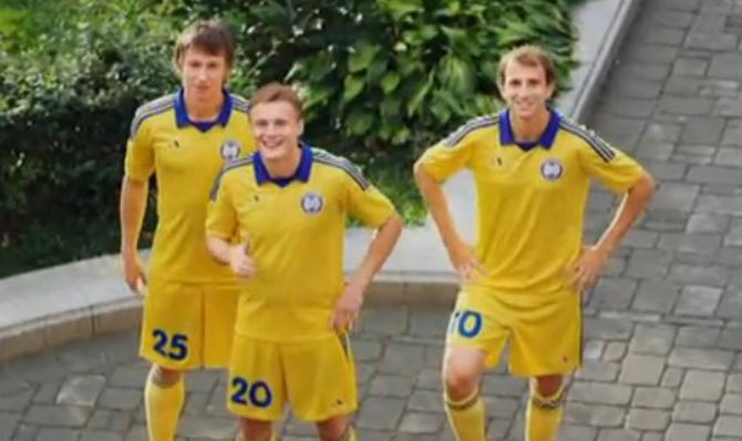 Кажется, Дмитрию Баге, Виталию Родионову и Ренану Брессану нравится сниматься в рекламе.