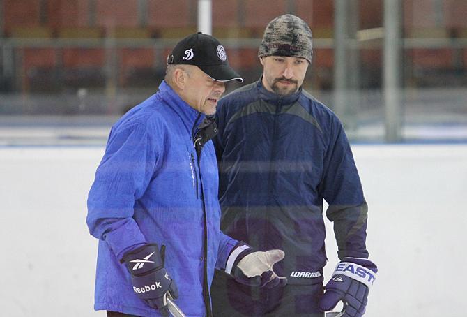 Марек Сикора дал немного отдохнуть своему капитану Ярославу Обшуту.