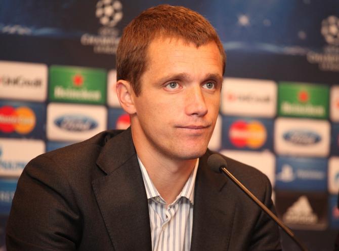 Виктор Гончаренко намерен хорошенько подумать перед матчем в Валенсии о том, чем бы удивить грозного соперника