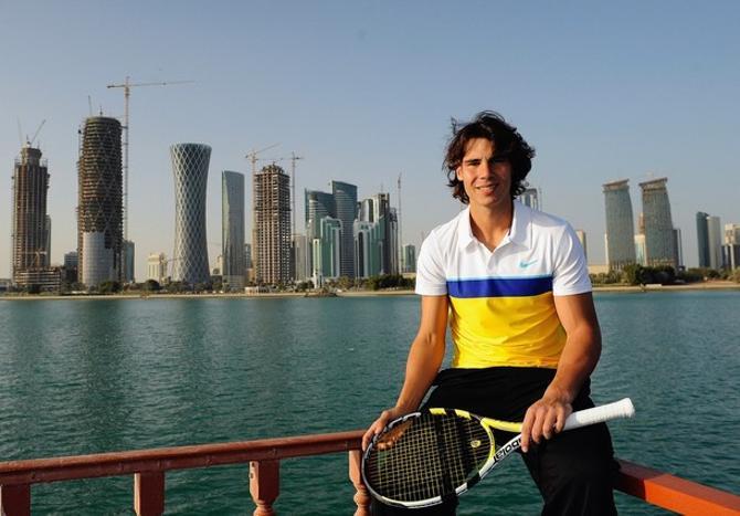 Рафаэль Надаль успевает и играть в теннис, и отдыхать.