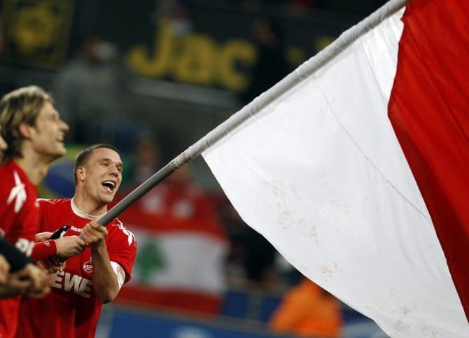 Лукас Подольски не забил своему бывшему клубу, но радовался победе сверхактивно.