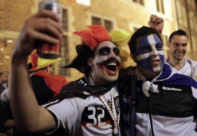 Греция ближе Беларуси к футбольным сверхдержавам, а Германия даже не футбольная, а суперфутбольная страна.