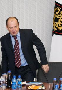 «Человек, похожий на Прядкина, подъехал к футболу во всеоружии?»