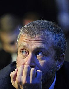 «Такое впечатление, что Роман Аркадьич в казино пришел перед техническим перерывом – и все на красное»