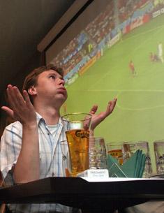 «Может, вслед за новыми уборными и пиво разрешат?»