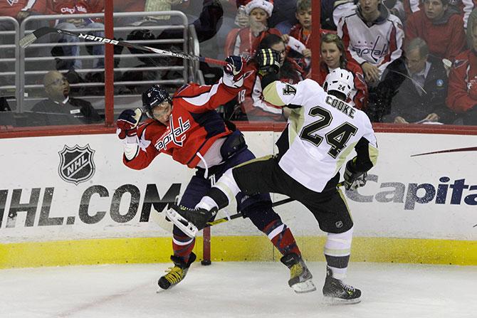 К успеху идут. 10 хулиганов НХЛ, которые во время локаута могут играть в России