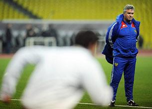 Обзор футбольной «Трибуны»: «Нужен ли России такой голландец?»