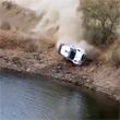 Авария дня. Раллийный автомобиль тонет в водохранилище