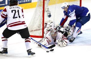 Глядим в оба: Латвия