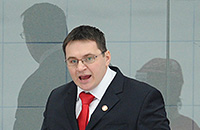 Нравится ли вам несдержанность Андрея Назарова?