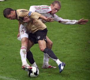 «Играть с «Зенитом» в открытый футбол – глупо»