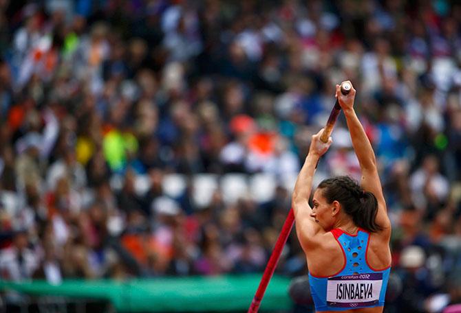 Полет Исинбаевой и еще 4 сюжета десятого дня Олимпиады