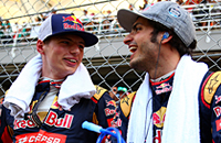 Как Ферстаппен и Сайнс будоражат «Формулу-1»