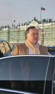 «Хиддинк и Адвокат окончательно уверовали в свою уникальность и первостепенную важность для русского футбола»