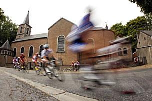 «Тур де Франс». 13 км брусчатки. Хроника событий