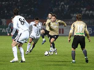 «Игра «Томь» – «Зенит» начнется в 22.00 по местному времени»