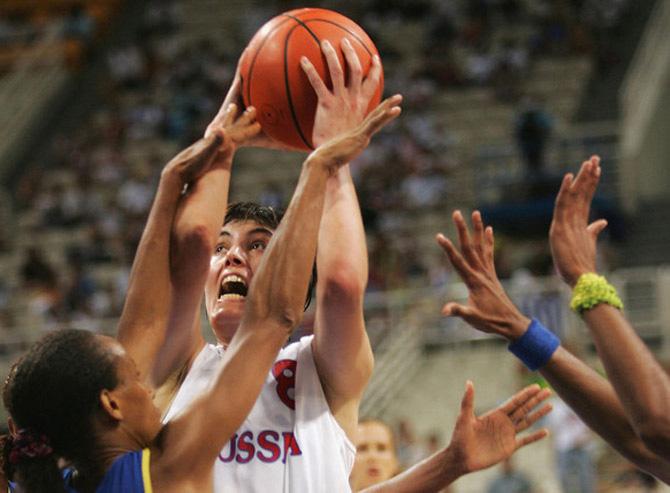 Елена Баранова: «Стыдно, что сборная России опустилась в третьеразрядный баскетбол»
