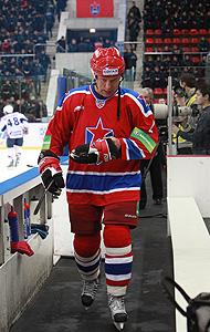 «Надо вызвать дух Харламова, чтобы заполнить московские стадионы?!»
