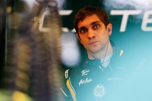 Виталий Петров: «Пока не думаю конкурировать с Ковалайненом»