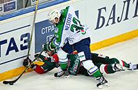 «Салават» побеждает в Казани, Мозякин опережает Радулова и другие итоги последних игровых дней КХЛ