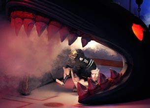 В пасти «акул»