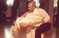 Фото дня. Свадебный танец бывшего защитника «Йокерита»