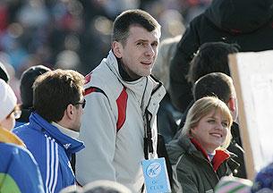 «Прохоров для народа пытается что-то сделать»