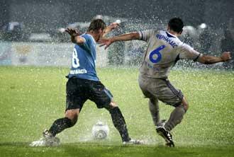 «Динамо» надо ждать столетнего юбилея, чтобы рассчитывать на отмену матча в антифутбольных условиях?»