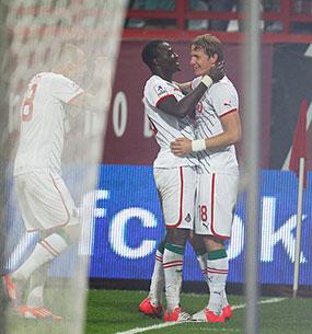 «Павлюченко просто необходимо удерживать в запасе каждый второй матч»