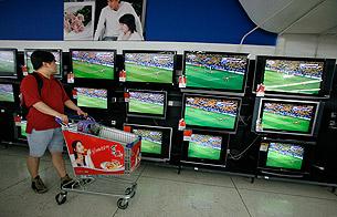 «С приходом Фурсенко телезрителям придется платить за футбол в двадцать раз больше»