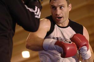 Виталий Кличко: «О поединке с Питером буду думать после 25 мая»