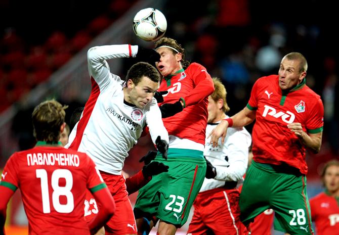 Залепили двушечку. Как «Локомотив» проигрывал «Амкару»